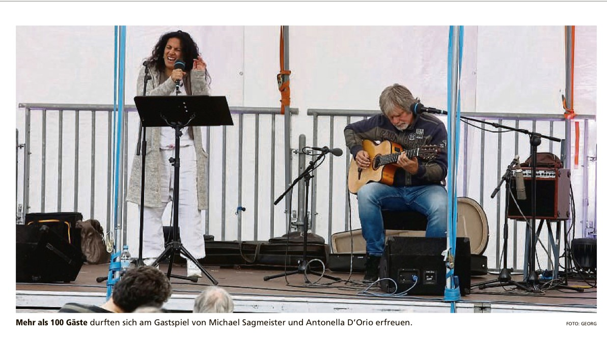 "Antonella D'Orio & Michael Sagmeister, Open Air ""Parkside im Hof"" (Foto: Offenbach Post)"