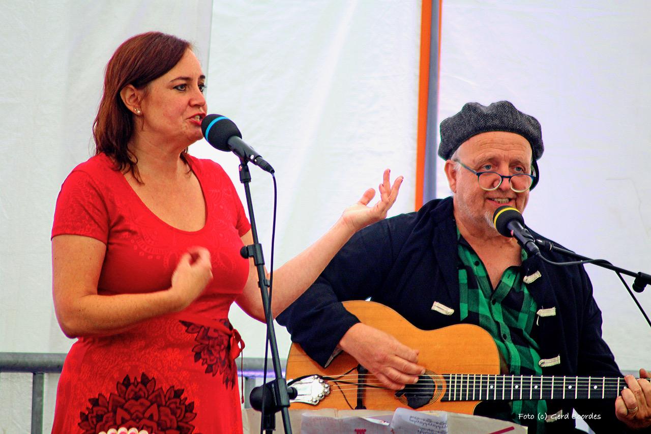 Sabine Fischmann & Ali Neander (Foto: Gerd Coordes)