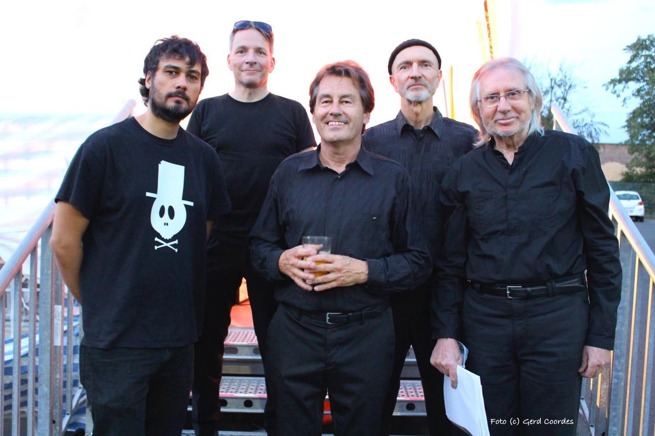 Die Band (Foto: Gerd Coordes)